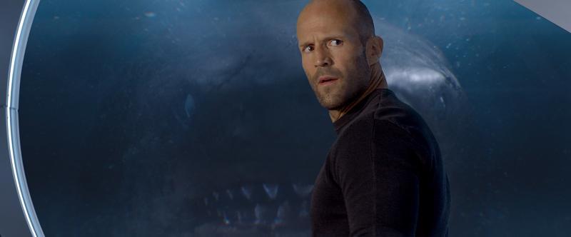 Jason Statham -faneille on tarjolla taattua viihdettä, kun mies pääsee taistelemaan haita vastaan elokuvassa Megalodon.