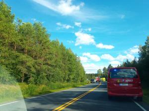 Kaustisella hieman ennen Köyhäjoen risteystä sattui lauantaina iltapäivällä vakava liikenneonnettomuus.