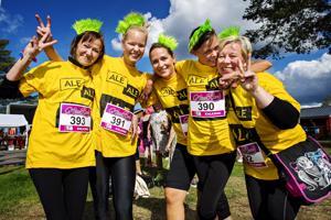 Shellin helmet oli yksi Nice Runin joukkueista. Mukana olivat Pia Perttula, Maiju Vihelä, Niina Vihelä, Elina Nevanperä sekä Mari-Lea Hautala.