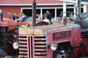 Vanhojen ajoneuvojen kokoontumiset -tapahtuma järjestettiin ensimmäistä kertaa Kalajoen alueella.