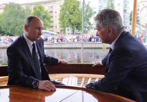 Presidentti Sauli Niinistö tapaa Venäjän presidentin Vladimir Putinin keskiviikkona Sotshissa.