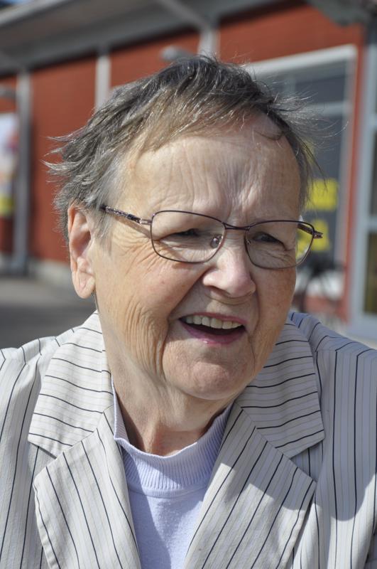 Ritva-Liisa Kaski, Kannus- En, sillä en juhli paljon muutenkaan.