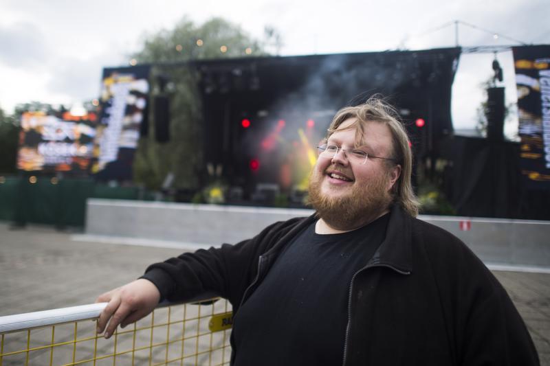 Tuottaja Mats Hästbackan pitkäaikainen haave toteutuu lauantaina, kun Kokkolan torilla käynnistyy lasershow.
