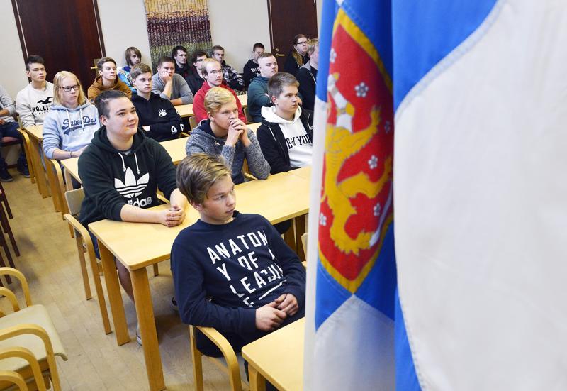 Toholammin ja Lestijärven nuoria kutsunnoissa Hirvikosken kurssikeskuksessa Toholammilla.