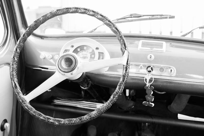 Fiatin sisustus on siisti ja pelkistetty.
