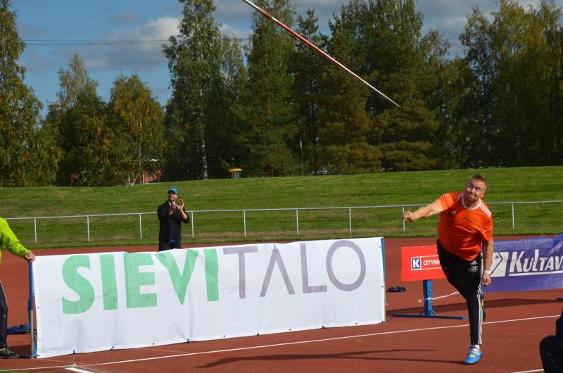 Jarkko Koski-Vähälä pysyi itsekin yli 60:n kerhossa, vaikka jäikin kisassa viimeiseksi eli viidenneksi.