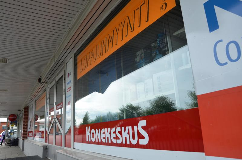 Konekeskukset Kokkolassa, Kannuksessa ja Kaustisella vaihtavat väriä ja siirtyvät Euronics-ketjun alle.