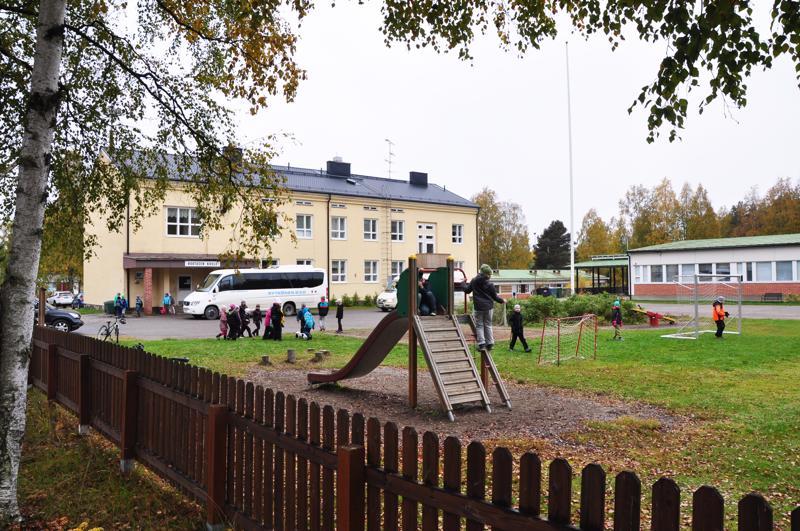 Ruotasen koulua uhkaa sulkeminen Pyhäjärvellä.