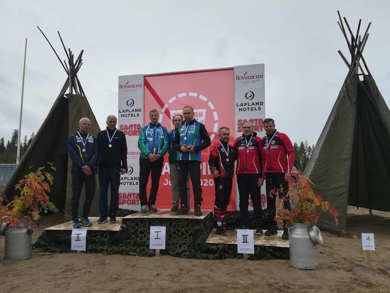 Vetelin Urheilijat nappasivat H70-sarjassa SM-pronssia. Joukkueessa suunnistivat Martti Pihlajamaa, Tapio Patana ja Sauli Joki.