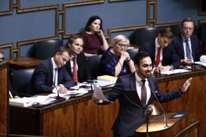 Vihreiden kansanedustaja Ozan Yanar syytti eduskunnan puhujapöntössä hallituksen hukanneen mahdollisuutensa muun muassa koulutuksen ja ympäristön parantamiseen. Hallitus oli Petteri Orpon johdolla eri mieltä.