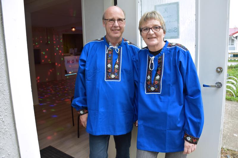 Guido Honegger ja Irja-Liisa Honegger-Sannikka tuovat Plassille tuulahduksen Sveitsistä.