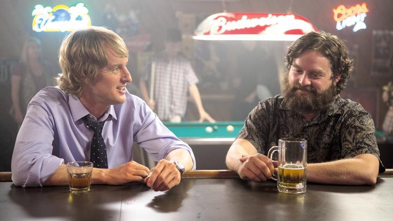 Owen Wilson ja Zach Galifianakis ovat Are You Here -elokuvassa lapsuusajan ystävykset, joilla ei näytä olevan enää juurikaan yhteistä.