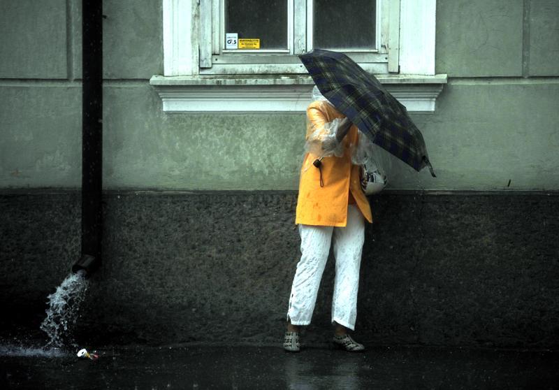 Tätä on luvassa lauantaiksi: tuulta ja sadetta.