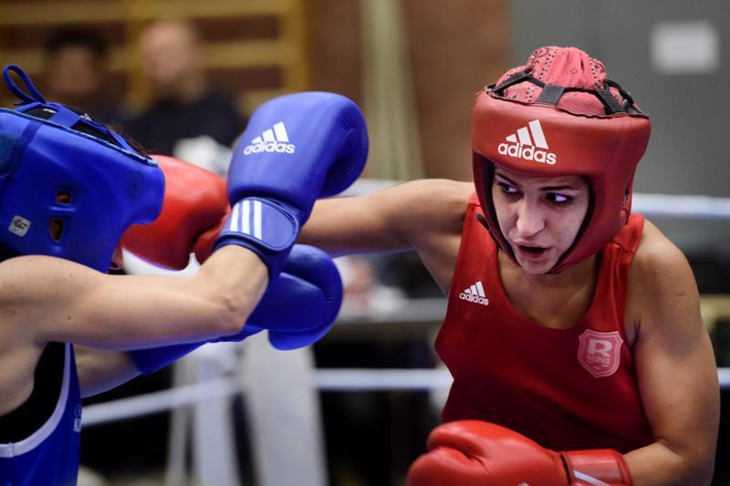 Rovaniemen Reippaan Fatma Hajizadeh voitti Raahen Nyrkkeilijöitä edustaneen Riikka Väärälän kaikin tuomariäänin.