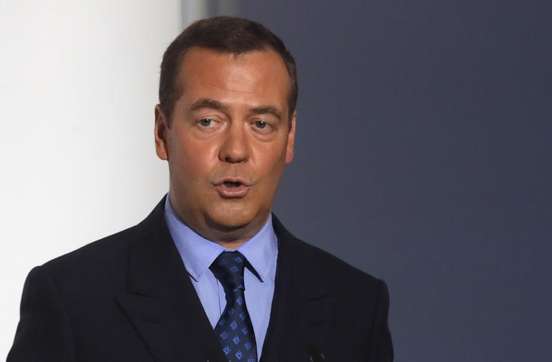 Venäjän pääministeri Dmitri Medvedev vierailee keskiviikkona pääministeri Juha Sipilän (kesk.) luona Smolnassa Helsingissä.
