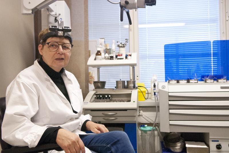 Anna-Mai Kingelin-Weitzin vastaanotolla on käynyt sisäilmaongelmista oirelevia potilaita.