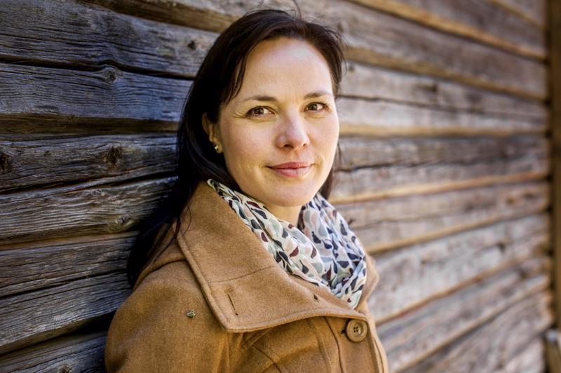 Vihreiden valtuustoryhmän puheenjohtaja, kansanedustaja Hanna Halmeenpää pitää tilannetta kestämättömänä.