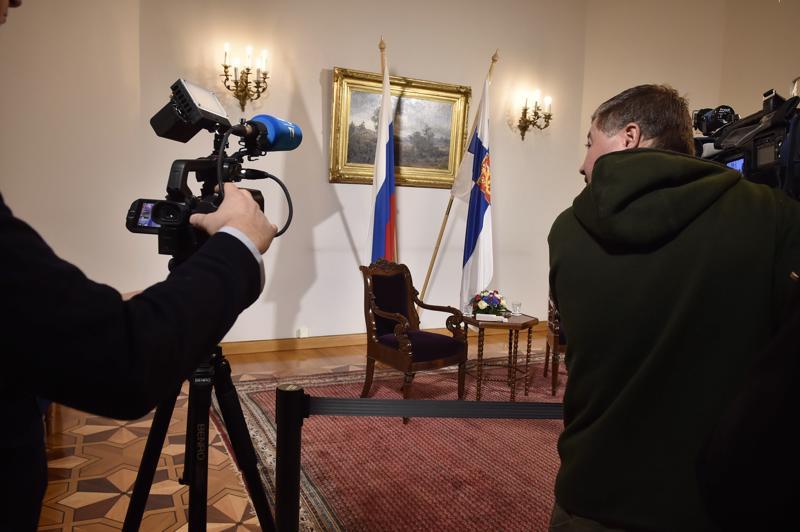 Venäjän pääministerin Dmitri Medvedevin ja Suomen pääministeri Juha Sipilän tapaaminen ei alkanut suunnitelmien mukaan kello 14.