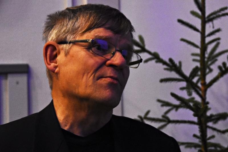 Emeritusprofessori Matti Kärkkäinen luennoin taannoin Haapavedellä alueen neljä metsänhoitoyhdistyksen järjestämässä metsäillassa.