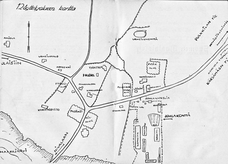 """Juhlakenttä oli Huikarinniemessä. Kartan talo, jossa on merkintä """"lääkäri"""" tunnetaan nykyisin Myyrilänä ja """"yhteiskoulu"""" terveyskeskuksen korkeana osana. Pyörien säilytyksestä perittiin 20 markkaa, autoille ei näyttelyluettelossa ole mainittu pysäköintimaksua."""
