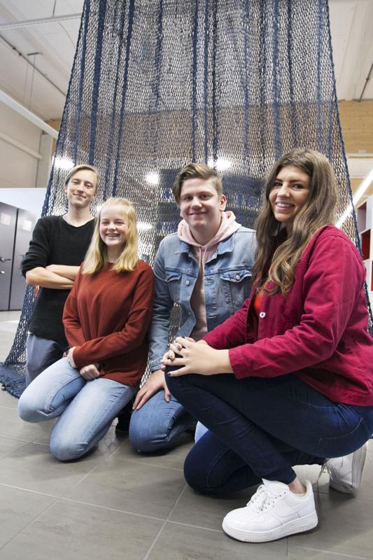 Aapeli Kääriäinen, Hulda Helgadottir, Jan D. Kastalag ja Alise Freiberga tekivät vihreän analyysin kalajokisesta yrityksestä.