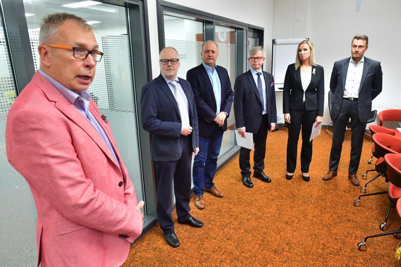 Centria-ammattikorkeakoulun rehtori Kari Ristimäki oli erittäin kiitollinen lahjoituksista ja siitä, että Centriaa arvostetaan alueella.