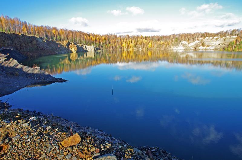Hituran avolouhoksen vedenpinta noussee vielä kolmisenkymmentä metriä.