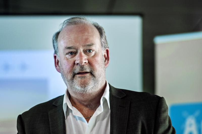 Kruunupyyn lentohalliyhtiön toimitusjohtaja Stig-Göran Forsman ei yllättynyt tuoreista tilastoista. Nextjetin konkurssi ei voi olla näkymättä matkustajamäärissä.