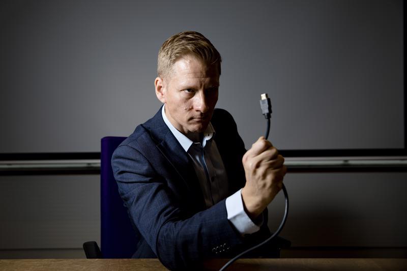 Elinkeinoelämän keskusliiton asiantuntija Mika Susi arvioi, että liikesalaisuuksia yritetään urkkia jatkossa yhä useammin kybervakoilun avulla.
