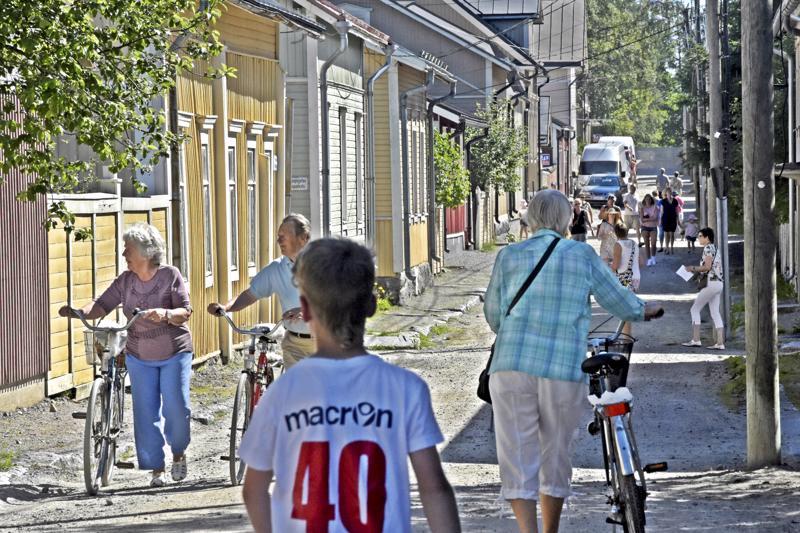 Puutalokaupunginosa Skatan eli Pohjoisnummen historia sisältää lukemattomia tarinoita. Alueeseen voi nyt tutustua myös sovelluksen kautta.
