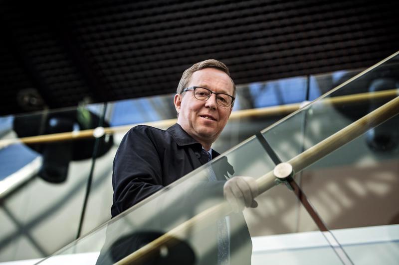 Elinkenoministeri Mika Lintilä hakee jatkokautta ensi eduskuntavaaleissa ja saa rinnalleen kolme muuta keskipohjalaisehdokasta.