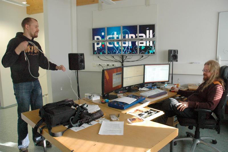 Picturall Oy myytiin viime vuonna kansainväliselle Analog Way -konsernille. Kuvassa Picturallin perustajat Vesa Laasanen ja Samuli Valo yrityksen alkutaipaleella vuonna 2009.