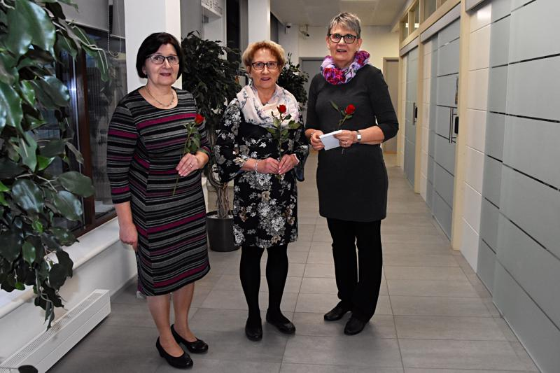 Merja Lehtola, Sinikka Nokela ja Pirkko Holappa ehtivät nähdä työurallaan mittavia muutoksia pankkimaailmassa.