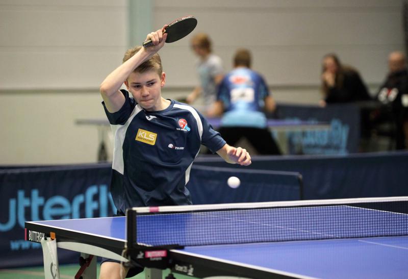 Seinäjokelainen Risto Jokiranta, 13, liittyi kuluvalle kaudelle Ylivieskan Pöytätennisseuran juniorikaartiin.