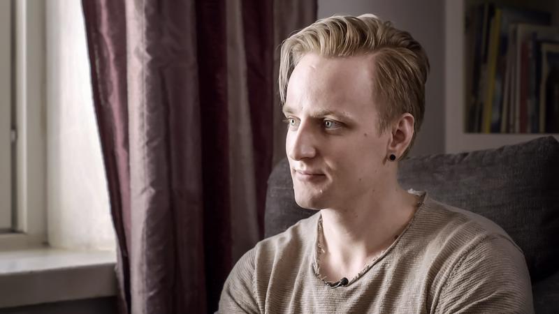 Elias Metsämaa tapaa psykoterapeutin ensimmäistä kertaa elämässään. Ohjelmassa hän kertoo, mitä terapeutti hänelle suositteli.