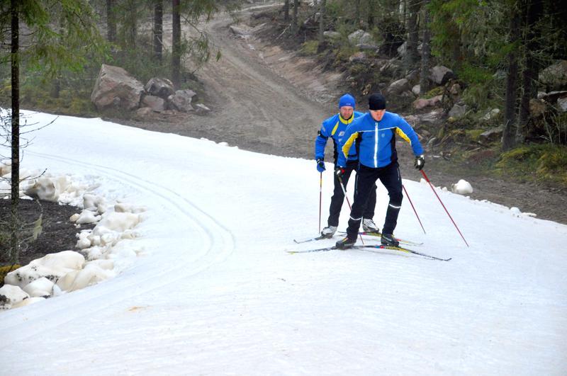 Maanantaille kaavaillut lumetustalkoot Reisjärvellä on peruttu, sillä tilanne näytti jo loppuviikosta sellaiselta, ettei kunnostamiseen ole mahdollisuutta.