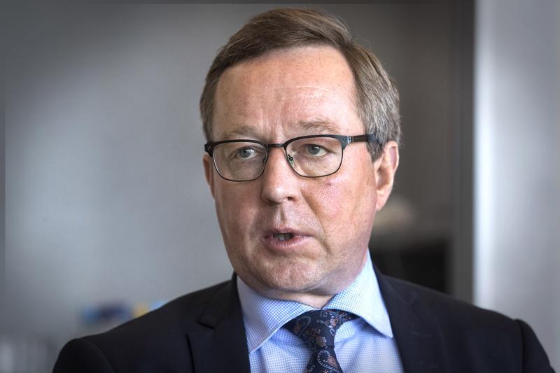 Ministeri Mika Lintilä uskoo, että esimerkiksi yövuorojen palauttamisen myötä syntyvät uudet matkaketjut voisivat heijastella työllisyyden ja matkailun kehitykseen myös Pohjois-Savossa ja Oulun seudulla.