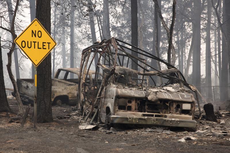 Maastopalo tuhosi Paradisen kaupungin Kaliforniassa.