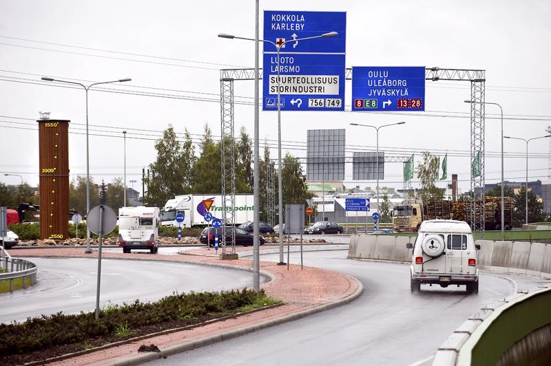 Vääntö koko valtatie 8:n liittämiseksi pääväylien joukkoon päättyi  myönteisesti.  Tulevaisuudessa odottaa myös haasteita, kun silloin linjataan liikenneverkoston uusista investoinneista.