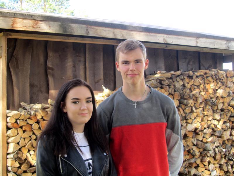 Vilja ja Petteri Mönkkönen ovat Aholansaaren riparin käyneitä.