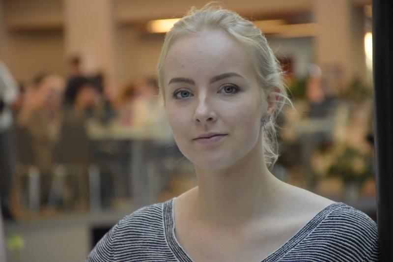 Pietarsaarelainen poplaulaja Daniela Krook julkaisee kolmannen singlensä joulukuun alussa.