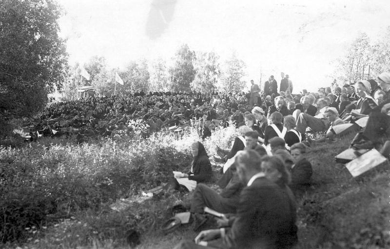 Kuva vuoden 1946 juhlilta. Kuvan omistaa Maija Muilu.