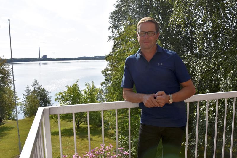 Markku Laitila jatkaa Haapaveden Keskustan puheenjohtajana.