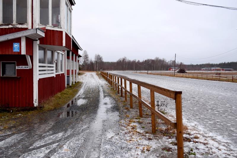 Hyviä uutisia Haapajärvelle. Haapajärven raviradan naapurissa sijaitsevalle maa-alueelle suunnitellaan ison kokoluokan biotuotetehdasta.