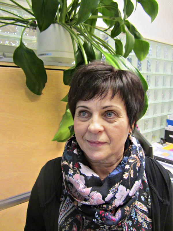 Raija Kivioja: - Niinkuin Eevankin, myös minun elämääni kuuluu suuri arvostus isänmaata kohtaan. Isäni ja molemmat veljeni ovat olleet armeijan palveluksessa ja näin isänmaallisuus on kuulunut perheeseeni jo lapsesta asti.