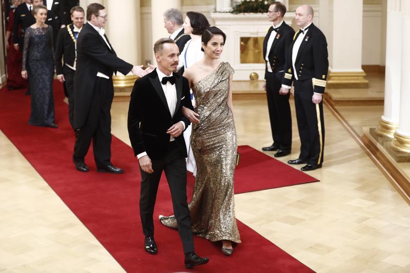 Illan kuvatuimpia pareja: Jasper Pääkkönen ja hänen mallirakkaansa Alexandra Escat.