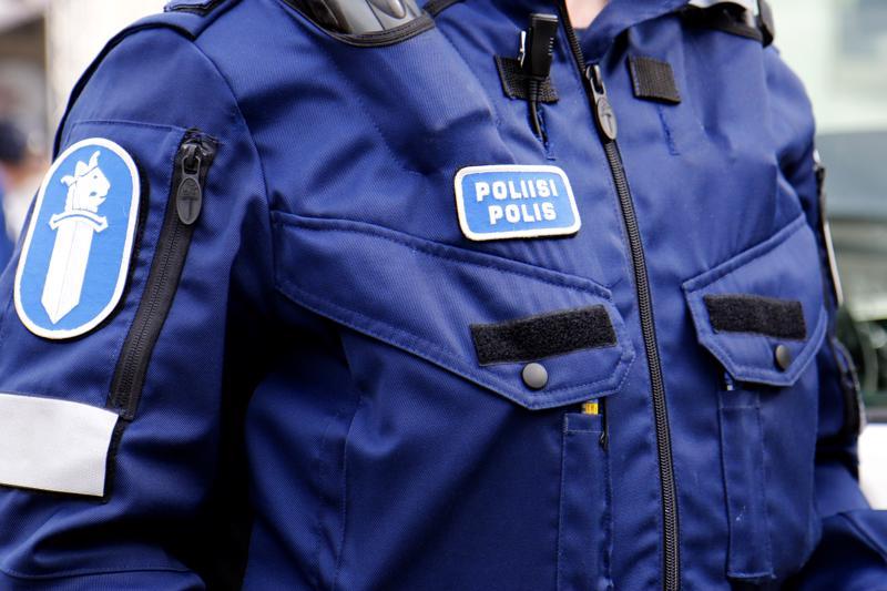 Vangitun parivaljakon epäillään tehneen useita omaisuusrikoksia akselilla Oulu-Raahe-Ylivieska.