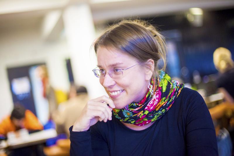 Maarit Jaakkola tutkii kulttuurijournalismia Göteborgin yliopiston Nordicom-tutkimuslaitoksessa.