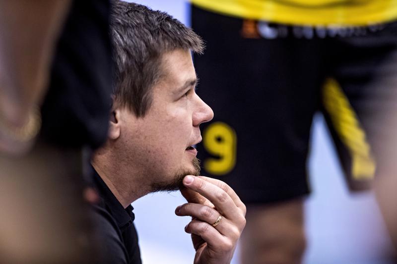 Lite bättre, miettii Tiikereiden valmentaja Mikko Keskisipilä keinoksi, jolla tappioputki saadaan poikki.