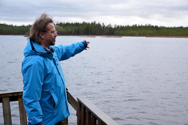 Ylivieskan kaupungin ympäristöpäällikkö Tapio Koistinaho on seurannut Kekajärven tilaa huolestuneena jo pitkään.